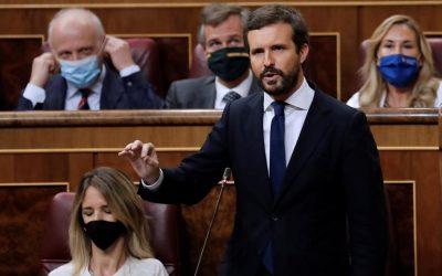 Casado y el PP, en tromba contra el Gobierno por «confiscar» el ahorro de los ayuntamientos