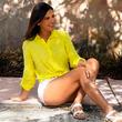 Flor Polo estrena armonioso bikini que lleva la moda floral a otro nivel