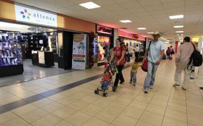 (Video) El promedio de compra del consumidor ha bajado entre un 20% y un 30% para esta misma fecha en comparaciónal año pasado